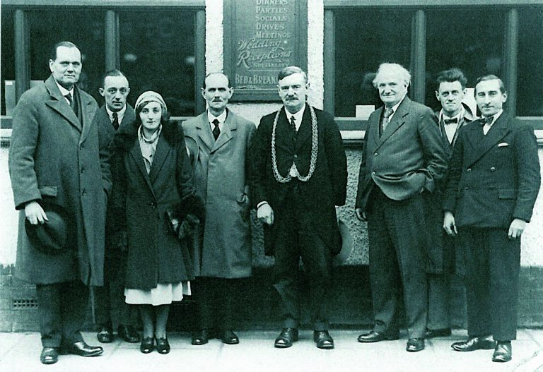 Society members 1932